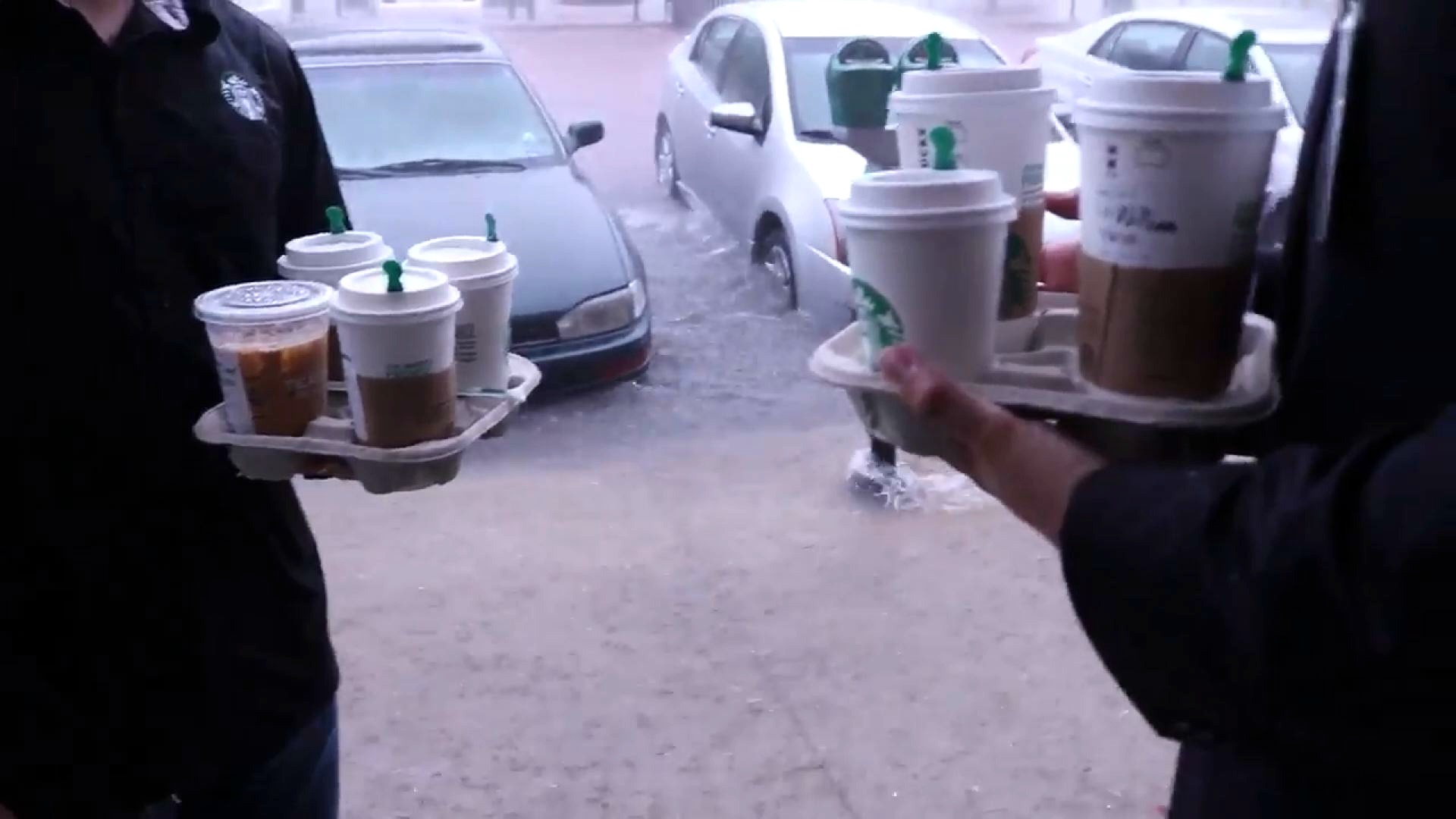Starbucks Barista Goes Above & Beyond During Storm In SC ...